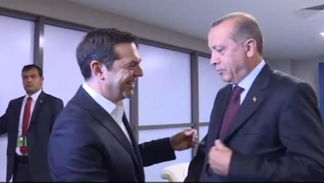 Erdoğan'dan Çipras'a 'kravat' sorusu